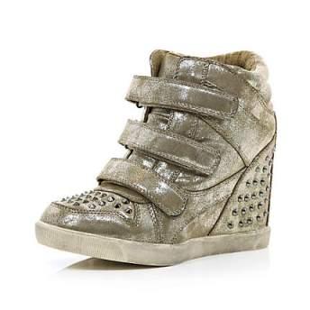 elblogdeanasuero_Regalos Navidad Sneakers_River Island metalizadas