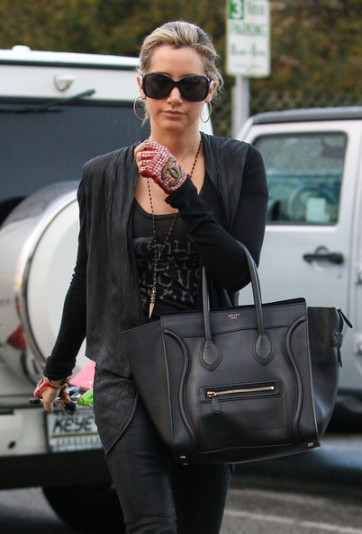 elblogdeanasuero_Celine Boston Bag_Ashley Tisdale