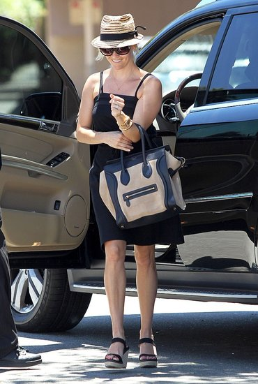 elblogdeanasuero_Celine Boston Bag_Reese Witherspoon