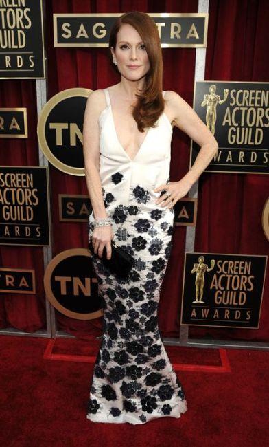 elblogdeanasuero_Premios SAG_Julianne Moore Chanel