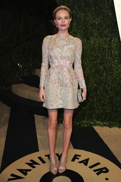 elblogdeanasuero_Fiestas Oscars 2013_Kate Bosworth Giambattista Valli encaje