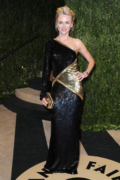 elblogdeanasuero_Fiestas Oscars 2013_Naomi Watts Emilio Pucci metalizado