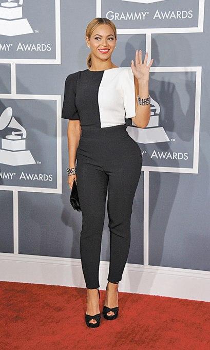 elblogdeanasuero_Grammy 2013_Beyonce Osman pantalones