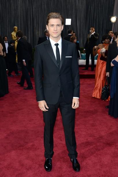 elblogdeanasuero_Oscars 2013_Aaron Tveit Calvin Klein corbata
