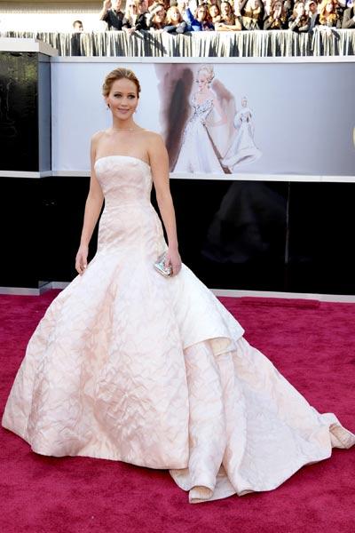 elblogdeanasuero_Oscars 2013_Jennifer Lawrence Dior blanco