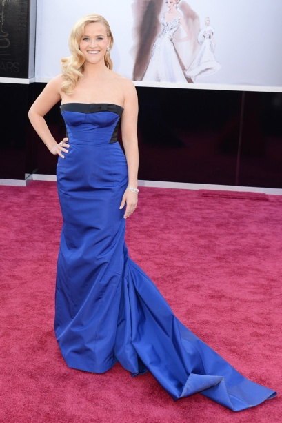 elblogdeanasuero_Oscars 2013_Reese Witherspoon Louis Vuitton azul
