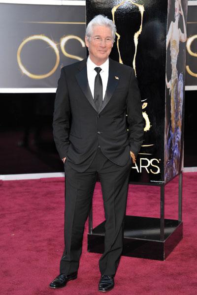 elblogdeanasuero_Oscars 2013_Richard Gere corbata