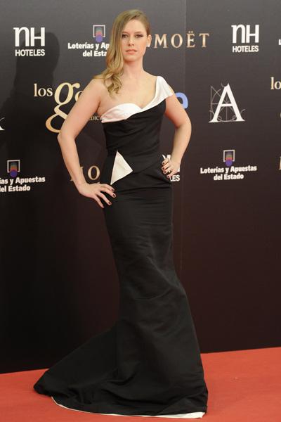 elblogdeanasuero_Premios Goya 2013_Manuela Vellés Óscar de la Renta