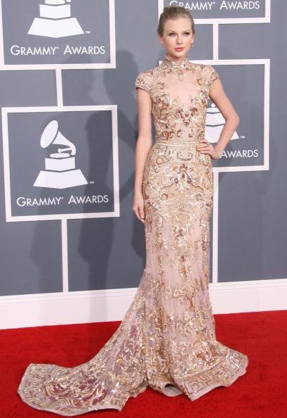 elblogdeanasuero_Taylor Swift_Grammy Zuhair Mourad cola
