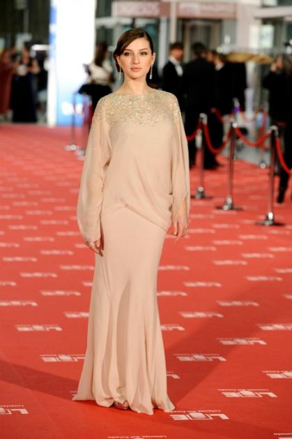 elblogdeanasuero_Maria Valverde_Dior nude Goya 2012