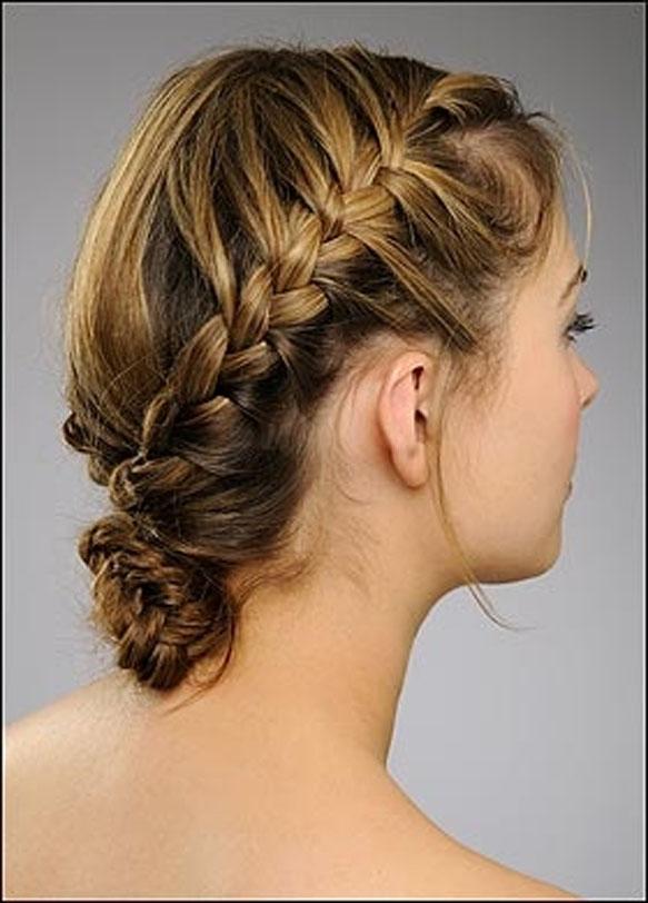 Peinados recogidos con trenzas de costado