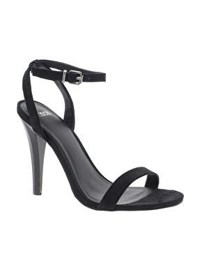 elblogdeanasuero_Complementos Boda 2013_Asos sandalias sencillas negras