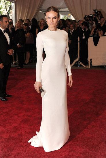 elblogdeanasuero_El estilo de Diane Kruger_Met Ball 2010 Calvin Klein blanco