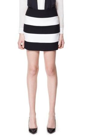 elblogdeanasuero_Minifaldas estampadas_Zara rayas blanco y negro