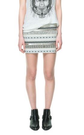 elblogdeanasuero_Minifaldas estampadas_Zara TRF étnica metalizada