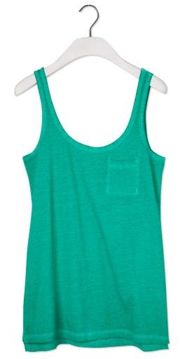 elblogdeanasuero_Verde esmeralda_Camiseta de tirantes Pull & Bear