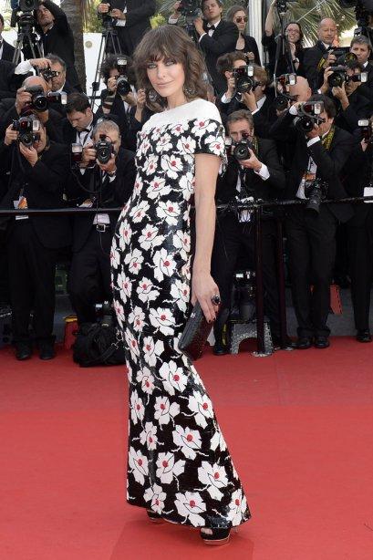 elblogdeanasuero_Cannes 2013_Chanel Milla Jovovich flores