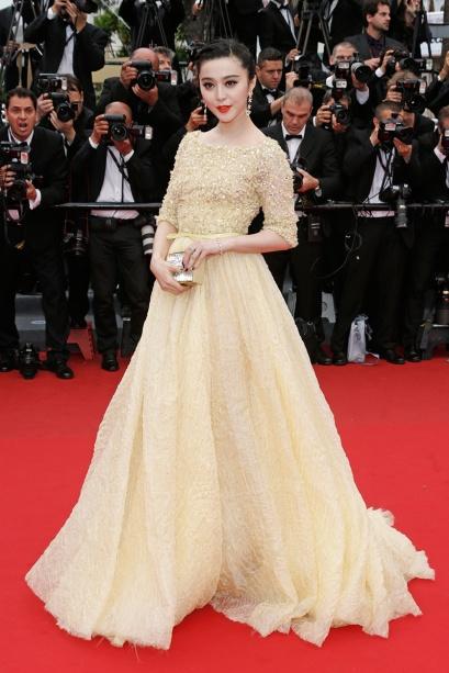 elblogdeanasuero_Cannes 2013_Elie Saab Fan Bingbing amarillo pálido