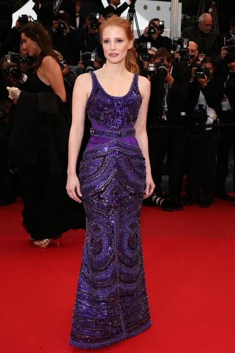 elblogdeanasuero_Cannes 2013_Givenchy Jessica Chastain morado pedreria