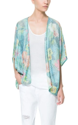 elblogdeanasuero_Estampado Tropical_chaqueta kimono Zara 25,95 €