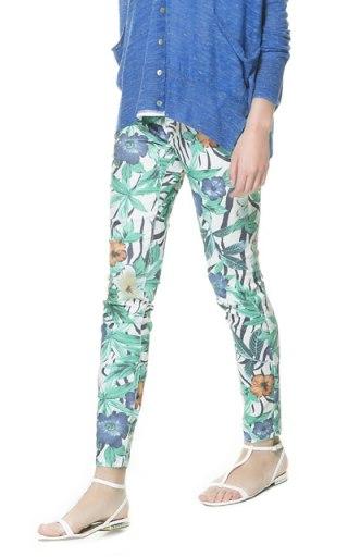 elblogdeanasuero_Estampado Tropical_pantalón pitillo Zara TRF 29,95 €
