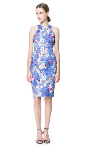 elblogdeanasuero_Estampado Tropical_vestido azul Zara 39,95 €