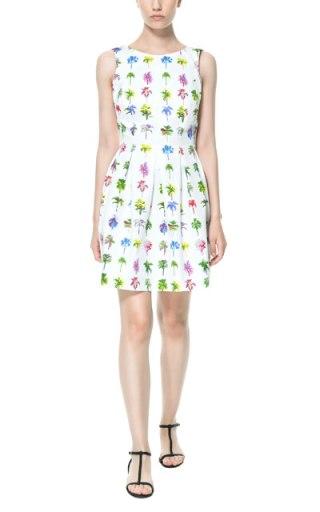 elblogdeanasuero_Estampado Tropical_vestido palmeras Zara TRF 29,95 €