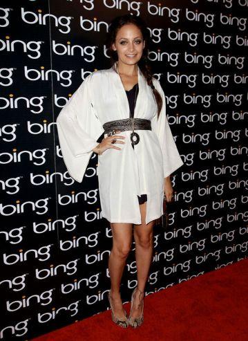 elblogdeanasuero_Tendencia Oriental_Nicole Ritchie vestido blanco