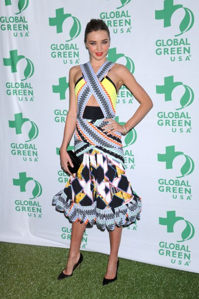 elblogdeanasuero_Vestidos cut out_Miranda Kerr Peter Pilotto colores