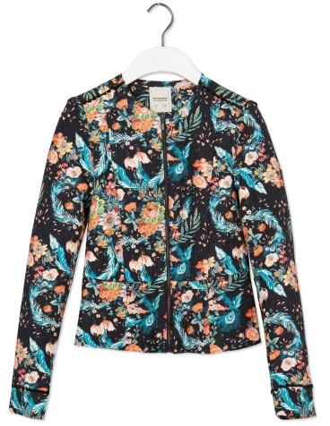 elblogdeanasuero_Chaquetas estampadas_Pull & Bear chaqueta acolchada flores