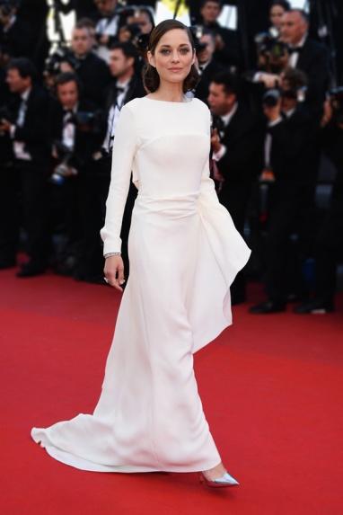 elblogdeanasuero_El estilo de Marion Cotillard_Dior blanco Cannes 2013