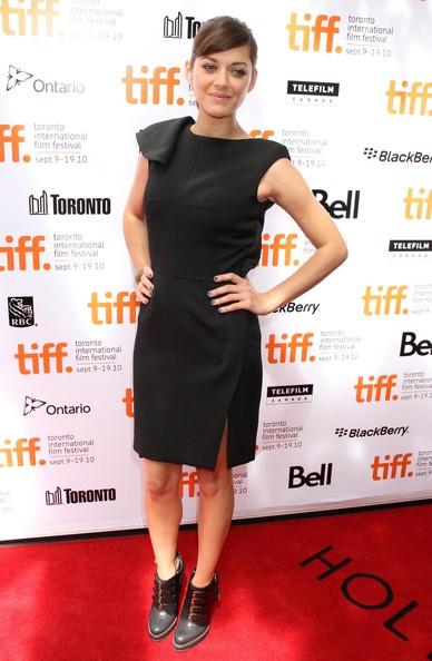 elblogdeanasuero_El estilo de Marion Cotillard_Lefranc Ferrant corto negro Festival Cine Toronto
