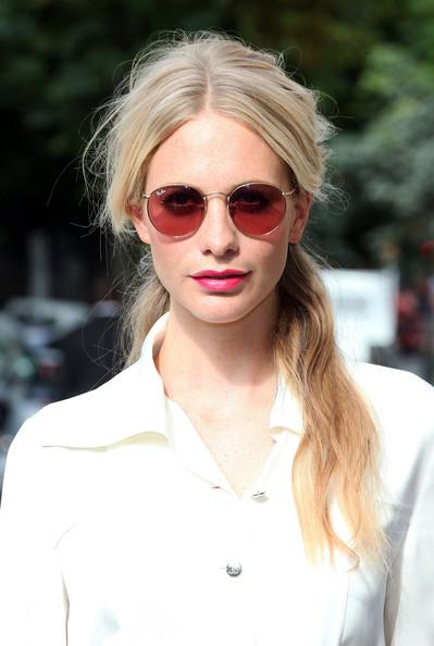 elblogdeanasuero_Gafas de sol redondas_Poppy Delevingne