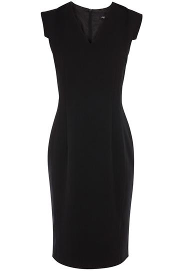 elblogdeanasuero_Little black dress_Oasis clásico escote pico