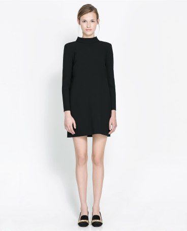elblogdeanasuero_Little black dress_Zara manga larga y espalda al aire