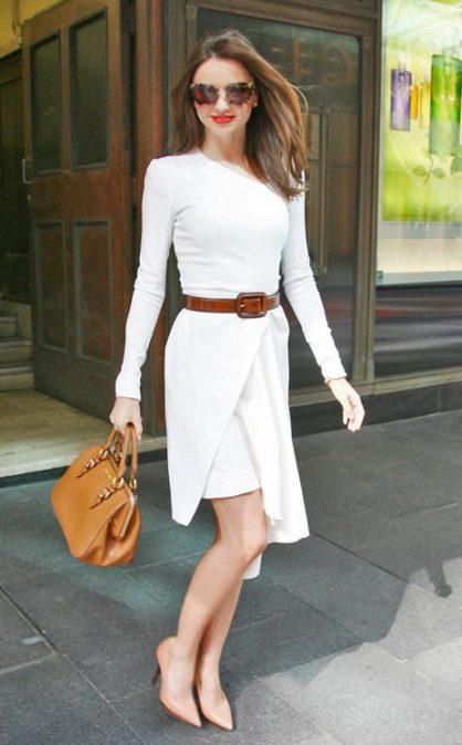 elblogdeanasuero_El estilo de Miranda Kerr_vestido asimétrico beige
