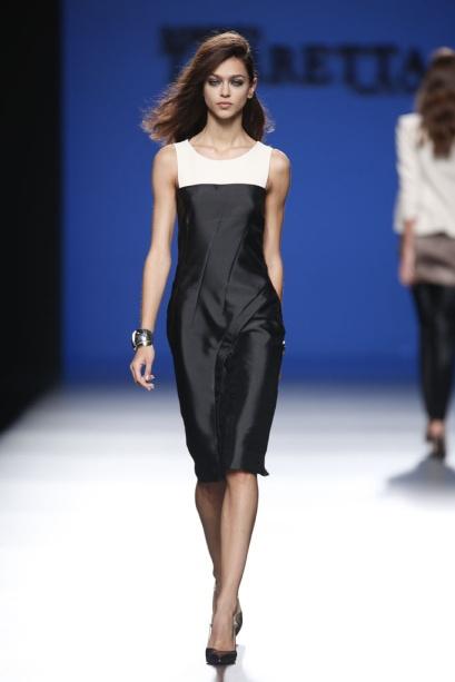 elblogdeanasuero_MBFWM_Roberto Torretta vestido blanco y negro