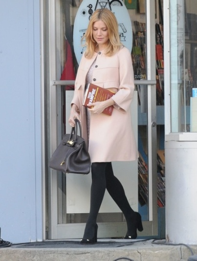 Sienna Miller Sighting In New York City - February 17, 2012