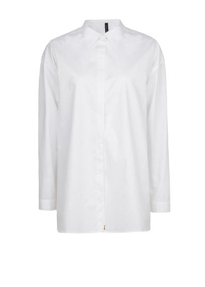 elblogdeanasuero_Fondo de armario Camisa blanca_Mango masculina de algodon