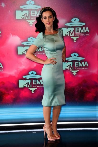 elblogdeanasuero_EMA 2013_Katy Perry Zac Posen verde aguamarina