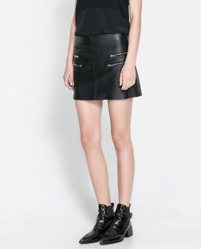 elblogdeanasuero_Faldas de cuero_Zara minifalda con cremalleras