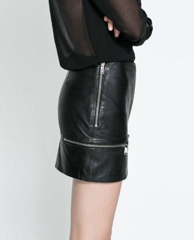 elblogdeanasuero_Faldas de cuero_Zara TRF minifalda con cremalleras