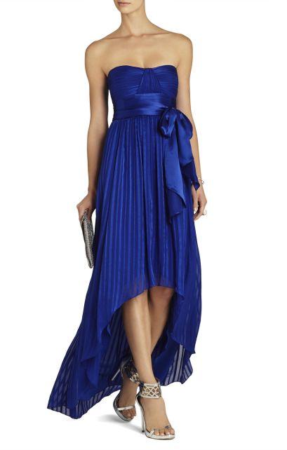 elblogdeanasuero_Vestidos de boda azules_BCBG tail hem azul klein