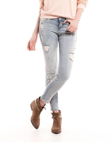 elblogdeanasuero_Ripped jeans_Bershka tobilleros