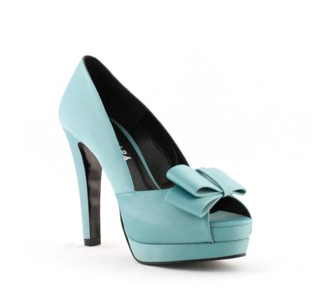 elblogdeanasuero_Zapatos novia 2014_Rosa Clara peeptoes azul claro