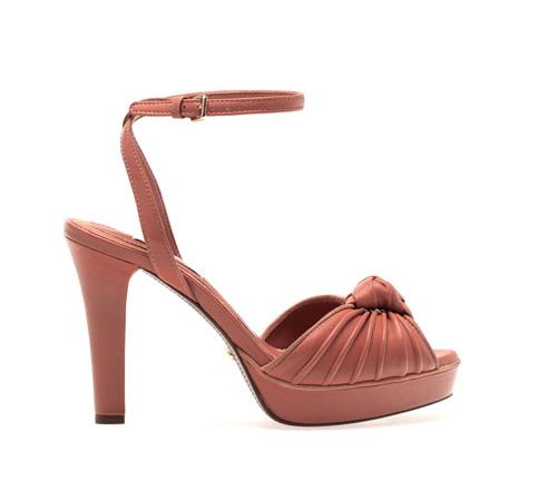 9d5ebc321ec elblogdeanasuero Zapatos novia 2014 Uterque sandalias color maquillaje