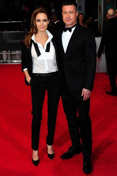 elblogdeanasuero_Bafta 2014_Brad Pitt y Angelina Jolie tuxedo YSL