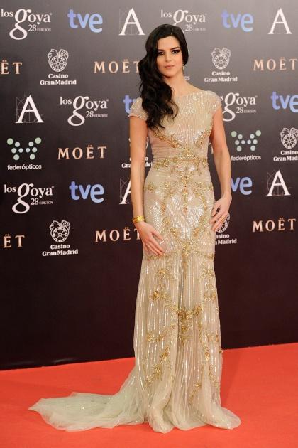 elblogdeanasuero_Premios Goya 2014_Clara Lago vestido Zuhair Murad champán paillettes