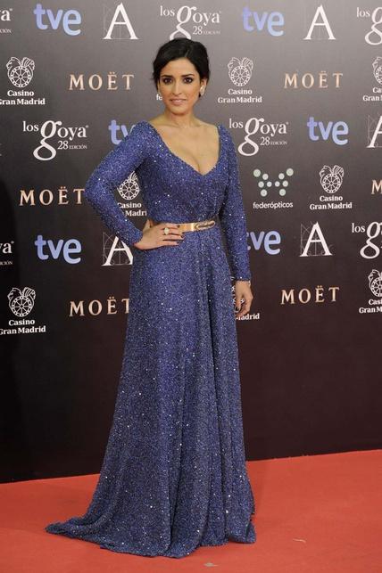 elblogdeanasuero_Premios Goya 2014_Inma Cuesta vestido Iván Campaña azul con brillos