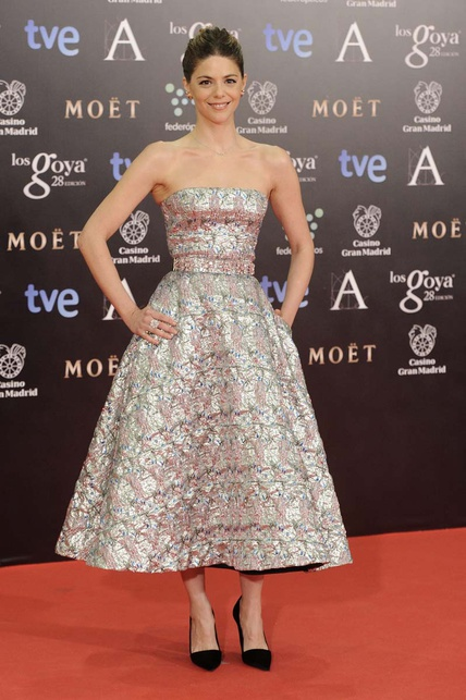 elblogdeanasuero_Premios Goya 2014_Manuela Velasco vestido Dior metalizado midi